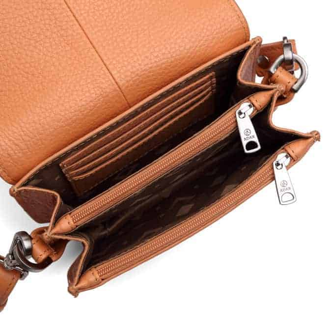 101692 ADAX Cormorano shoulder bag Siri - peach open