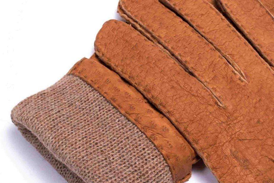 2-8041 Villsvinshansker til dame med alpakkafôr -kork - detaljbilde med fôr