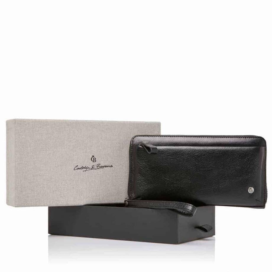 805518 skinnveske Clutch i gaveeske med RFID fra Castelijn & Beerens, sort, forside med gaveeske