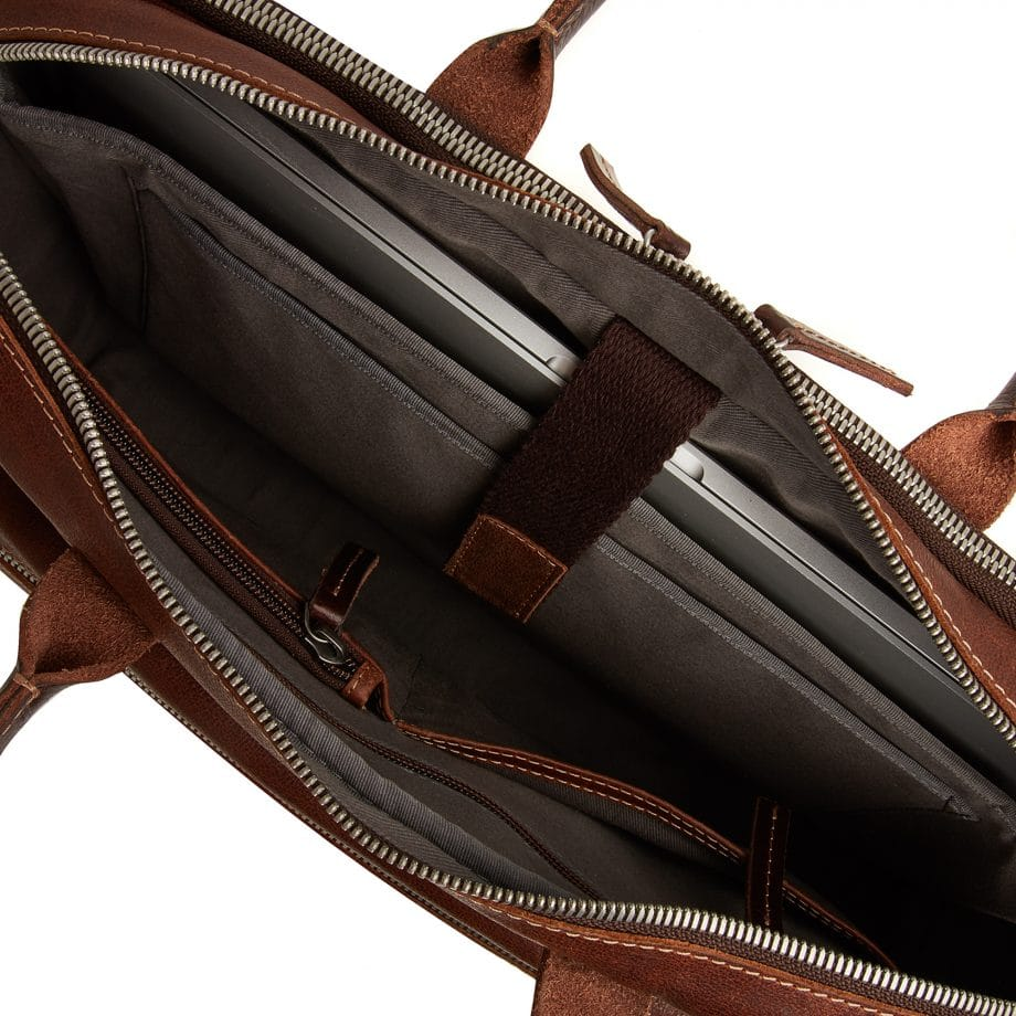 59 9473 Castelijn Beerens Sam Laptop bag light brown innside