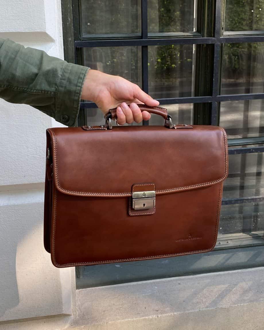 68 9684 Castelijn Beerens Light Brown Lifestyle