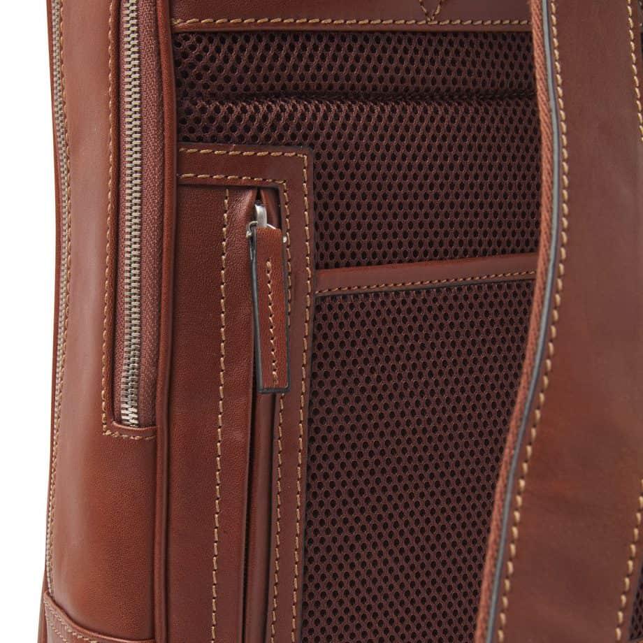 689576 Castelijn Beerens Verona Laptop Backpack 15.6 Light Brown Detaljer 2