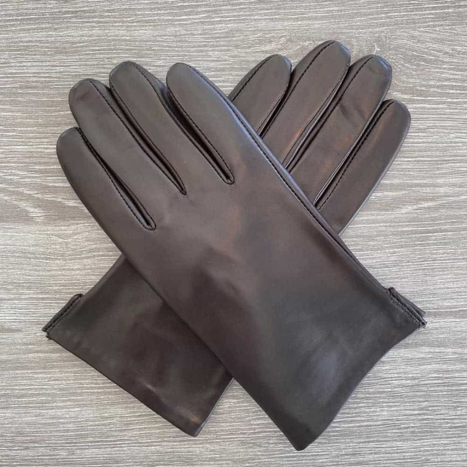 70917504 korte damehansker silkefor - brun - oversiden av hanskene i kryss