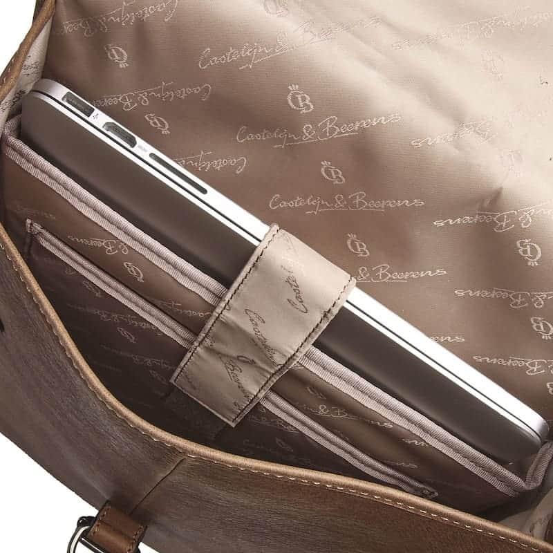 72 9575 Castelijn _ Beerens - Carisma - Laptop Backpack 15.6_ RFID - cognac open