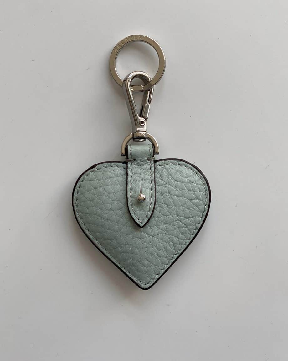 DE118 Decadent Heart Keyring Mint Green forside