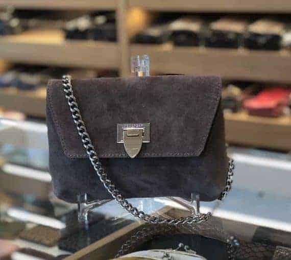 DE143 Decadent Cleva small pouch suede nougat forside