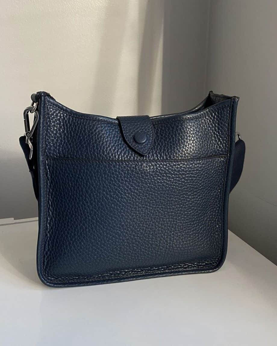 DE280 Decadent Bree small crossover navy bakside