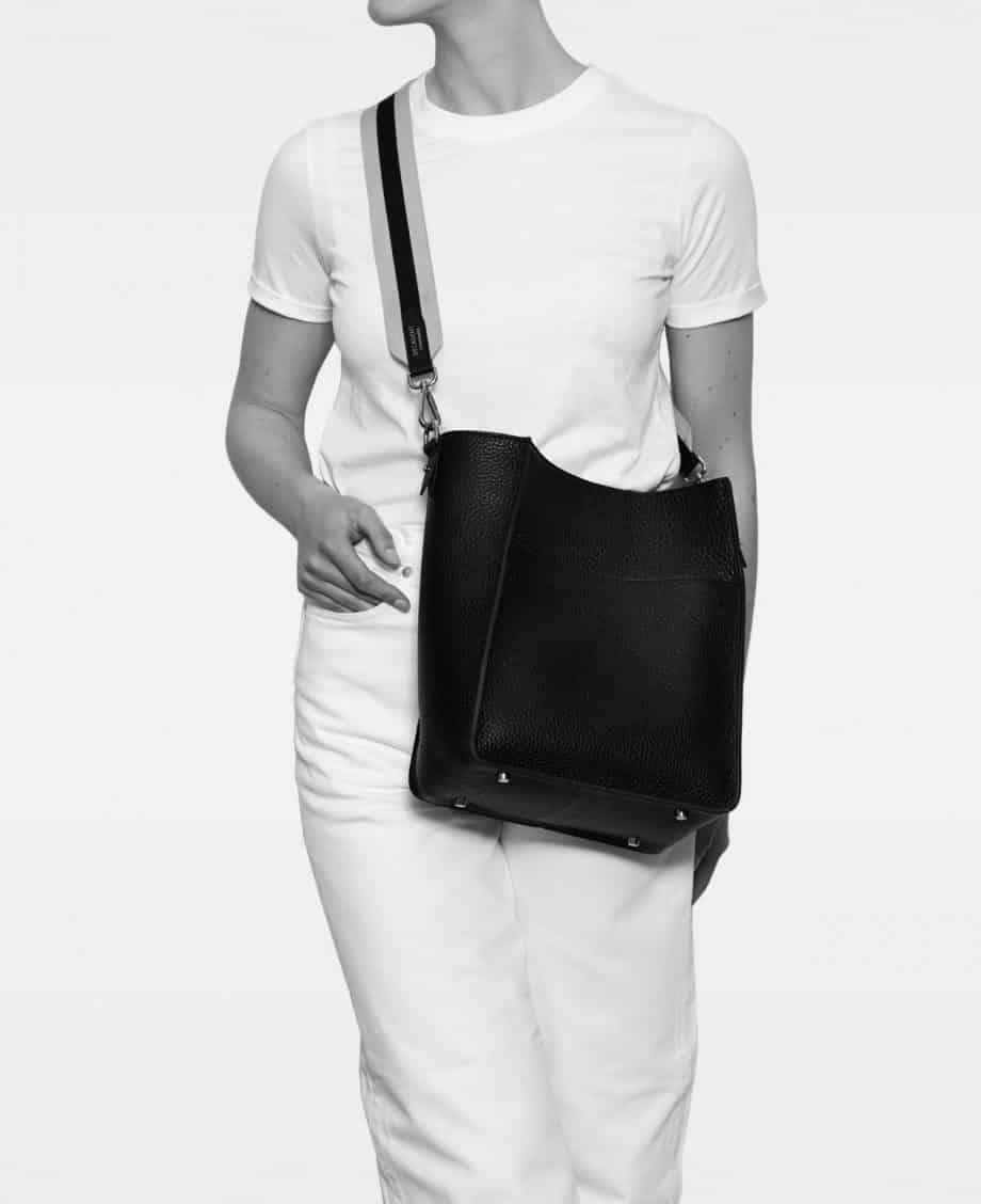 DE754 Sheila Bucket Bag Modell