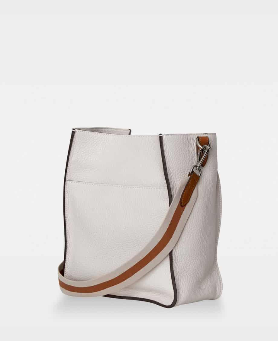 DE754 Sheila Bucket Bag Oat Side