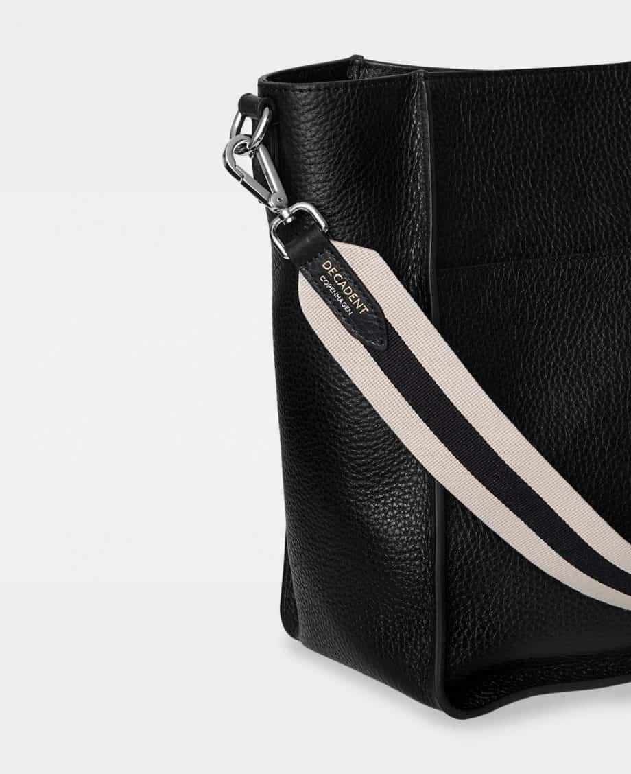 DE754 Sheila Bucket Bag Sort Detaljer