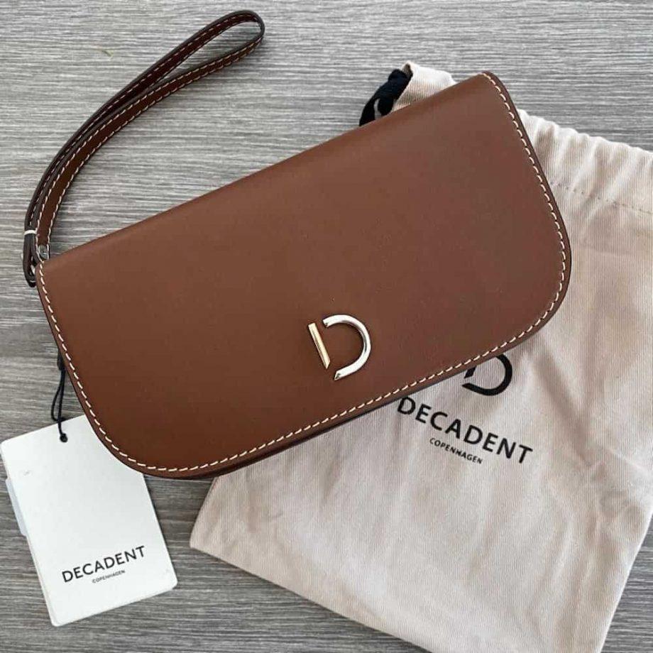 Decadent Maren hand purse cognac med støvposen