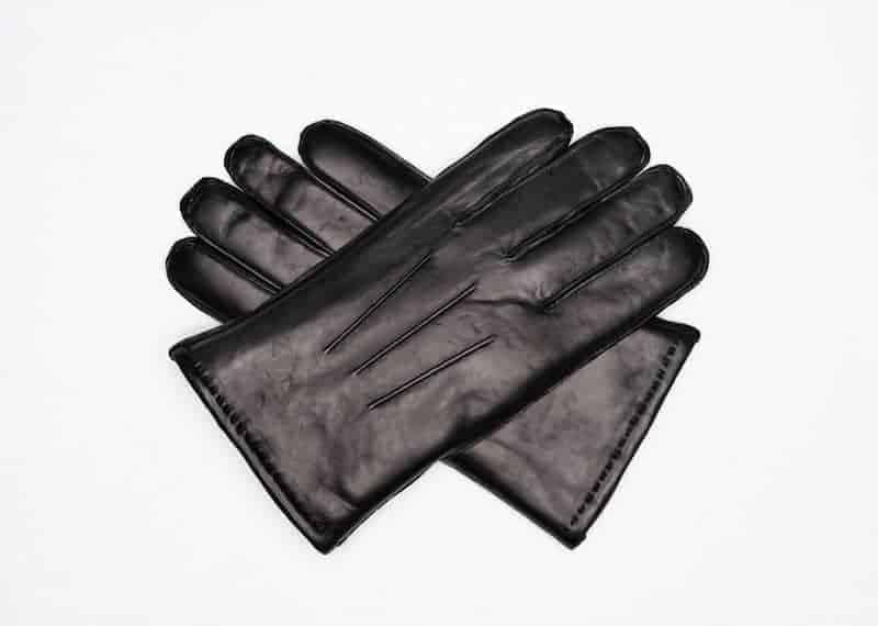 Maskinsydde herrehansker med pels u splitt Sort
