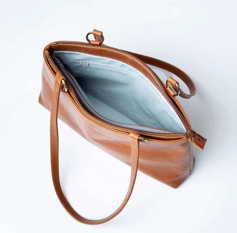 Okay´s Karoliina shoulder bag lys brun innside