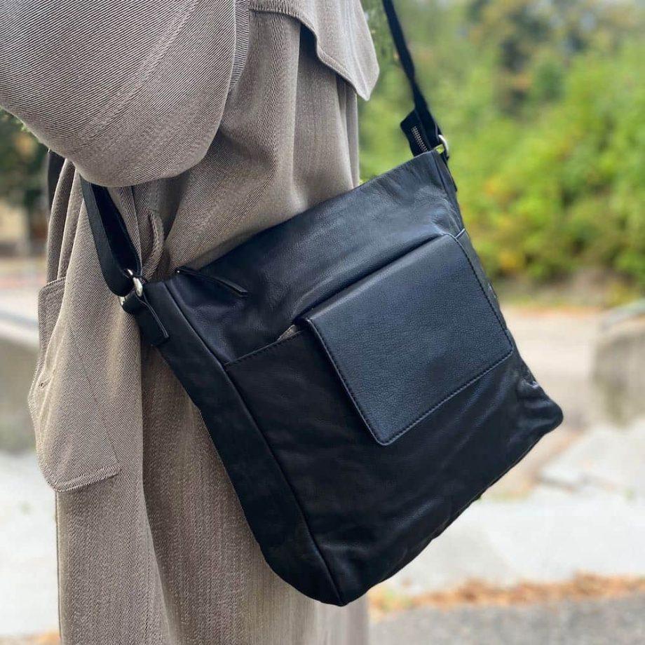 Re-Designed-by-DIXIE-–-Esta-bag